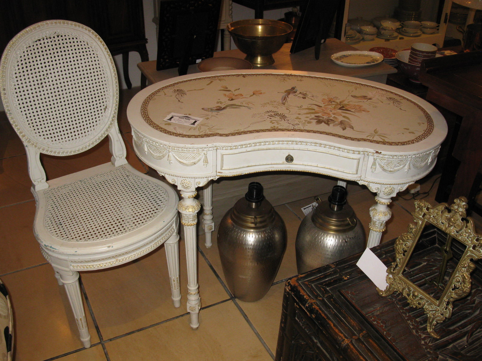 vintagedressingtablechair