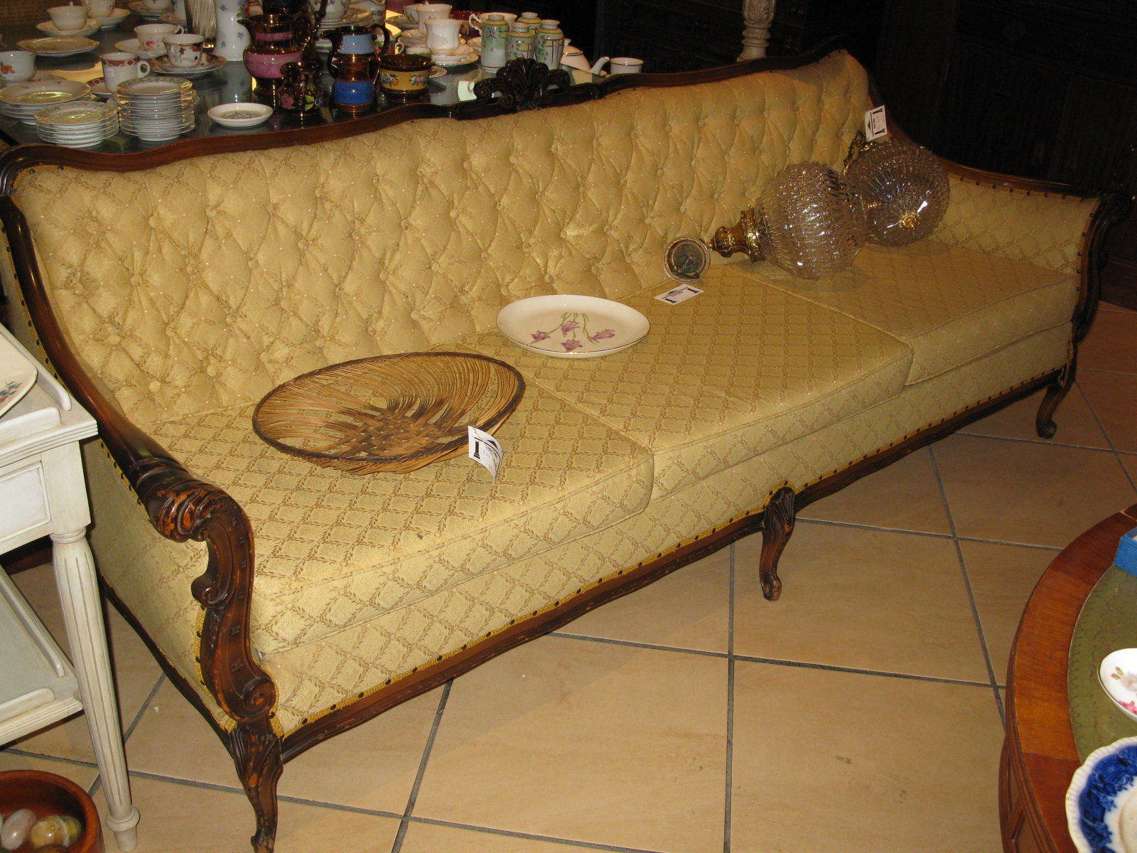 couch3seateryellow